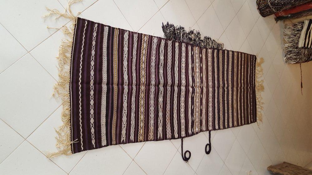 3-B-Vintage tribal berber Handira -Beni Ouarain - Moroccan-berber-carpets.jpg