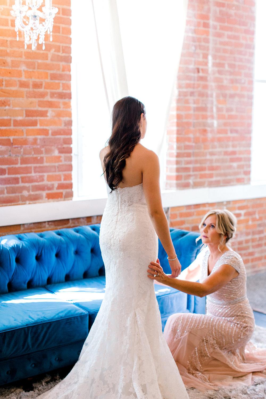Bride_Getting Ready.jpg