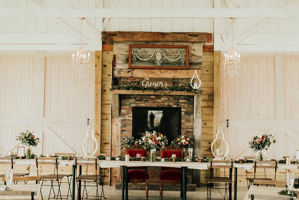Legacy-Hil-Farm-Wedding-Reception-Head-Table-MN.jpg