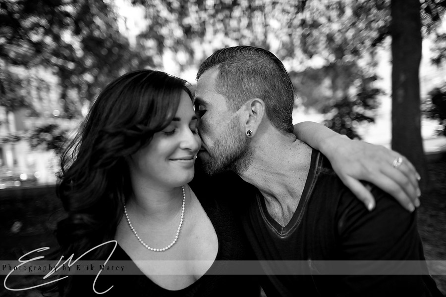 love park engagement session