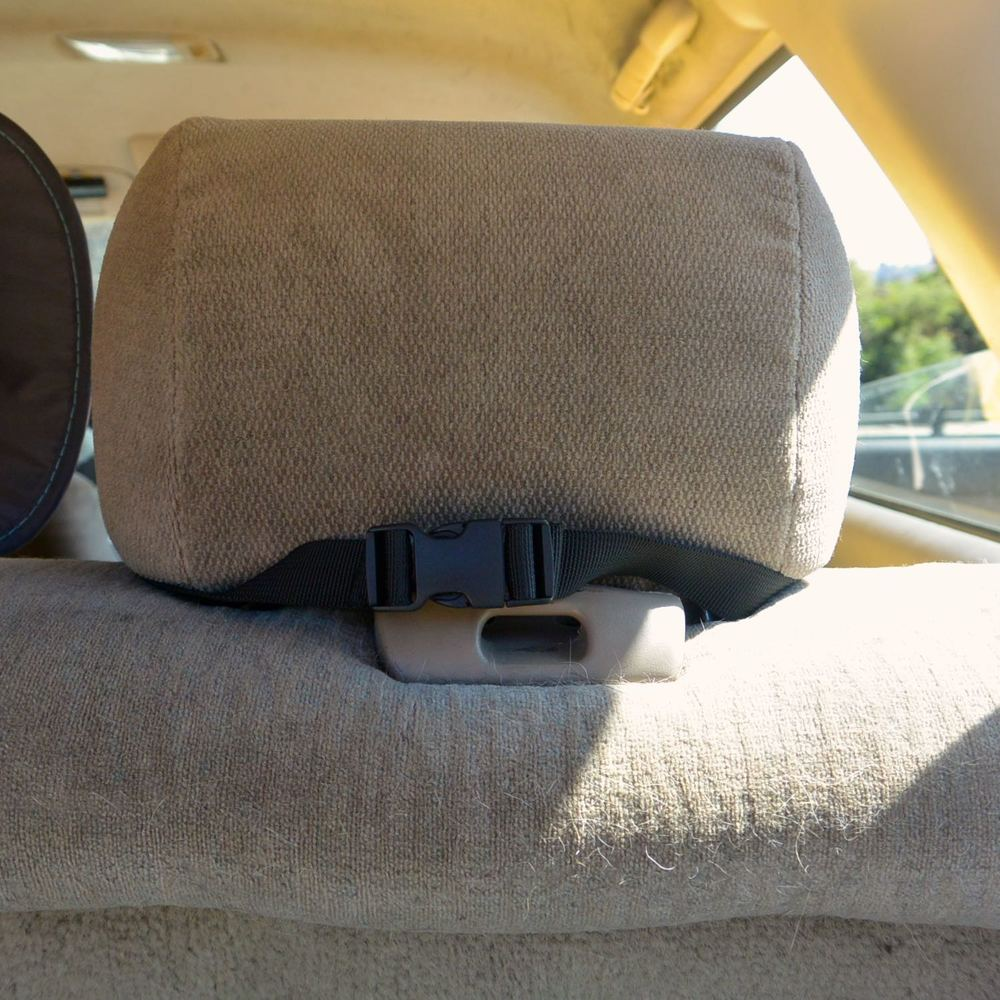 Step 5: Wrap straps around both sides of the corresponding backseat headrest, make sure the nylon straps do not twist. Secure straps by connecting the plastic clasp.