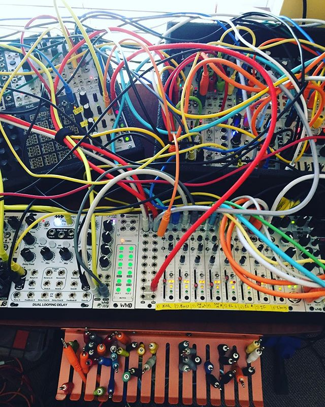 Sunday Jam with Alex from @paperhausmusic. This is a modular synthesizer and it can do some pretty awesome stuff! More to come! #perf671