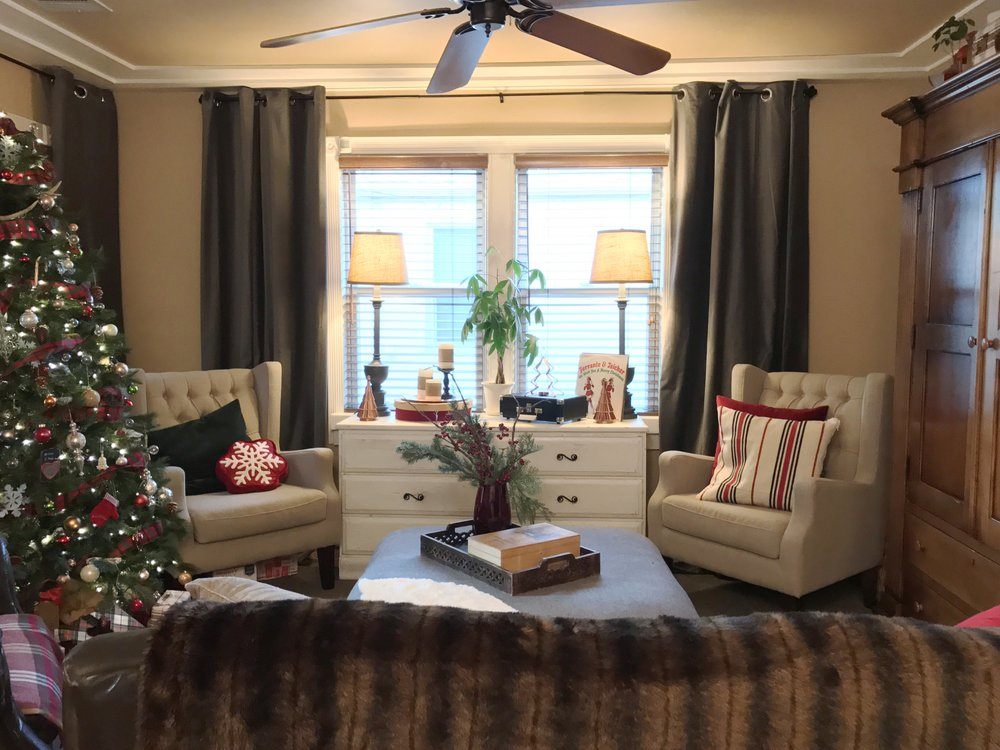urban cottage living | christmas home tour 2016 | christmas | christmas home | small house christmas | small home christmas | small house living | small living room