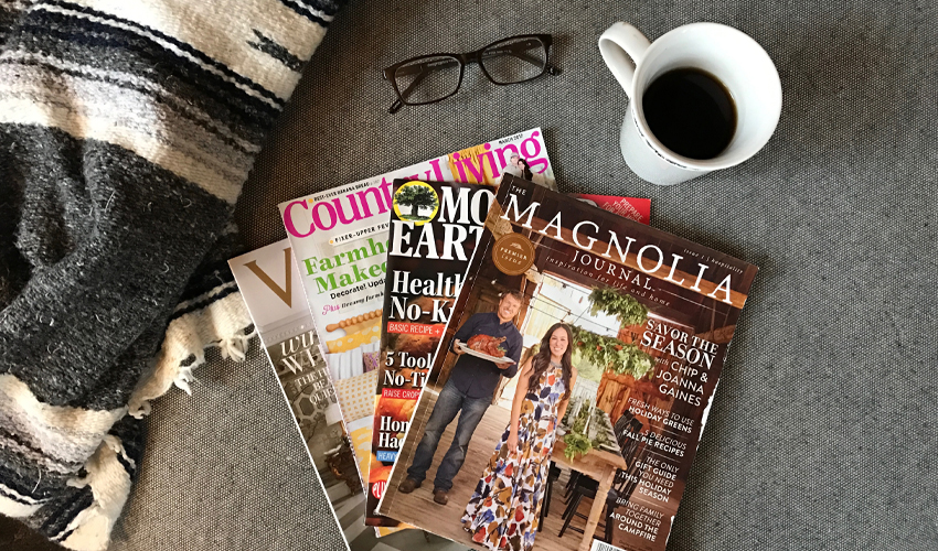 5 clutter-free ways to keep magazine ideas | small space | small space storage | organization | urban cottage living