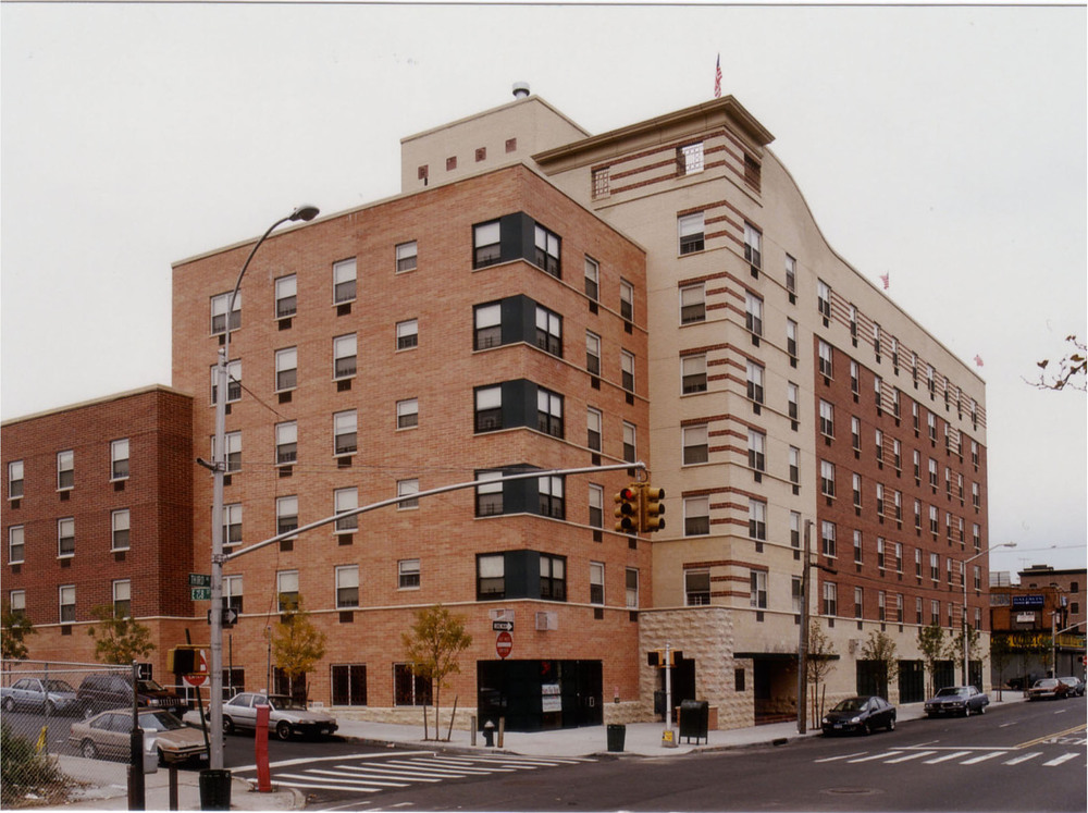 La Puerta de Vitalidad, Bronx NY