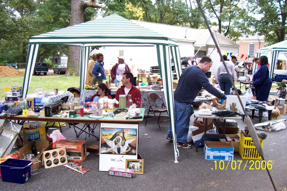yard_sale_6_2006.jpg