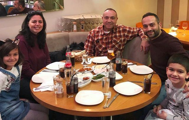 The time for big family feasts is here! 🙌 Have a weekend full of #Love and #GoodFood everyone! ❤️🍽️ #IshtahLondon . . . #London #Finchley #Barnet #FridayFeeling #TurkishRestaurant #MediterraneanFood #Dinner #turkishfood #londonfood #londonfoodie #londonfoodies #foodie #foodies #londongram #londonrestaurants #londonboroughofbarnet #londonplaces #londontown #londonlife #northlondon #turkishcuisine #londondinner #finchleycentral #rainylondon #familytime #foodlovers #hendon