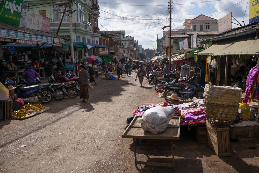 01-Burma-0392-P-1412.jpg