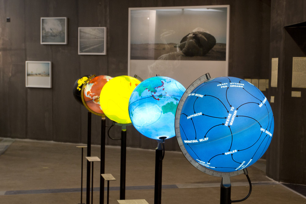 4_weltuntergangausstellung_lisaschaeublinnmbe.jpg