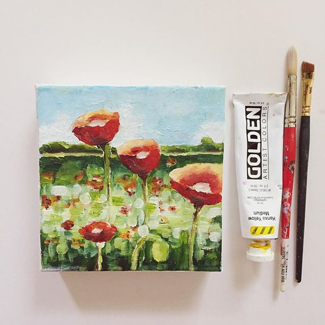 """A cute 6x6 mini to my poppy collection! What's everyone up to this weekend?  My daughter is starting preschool this year and we have a """"Popsicle Party"""" to attend and meet her classmates, FUN! . . . #homedecor #interiordesign #mywestelm #sodomino #doitfortheprocess #artist #momlife #creativityfound #creative #pursuepretty #livethelittlethings #liveauthentic #fineart #poppypainting #floralpainting #dscolor #deeplyrooted #chasinglight #smallbusiness #cleveland #ohioartist"""