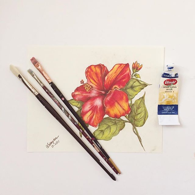 Planning on turning this pencil drawing into a painting! Adding some blues and deeper reds... . . . #floralpainting #ohioartist #cleveland #hibiscus #tropicalflowers #floralpainting #makersgonnamake #makersmovement #pursuepretty #pursuitofhappiness #thatsdarling #artistsofinstagram #momlife #dscolor #sodomino #doitfortheprocess #mywestelm #livethelittlethings #liveauthentic #studiolife #interiordesign #passion