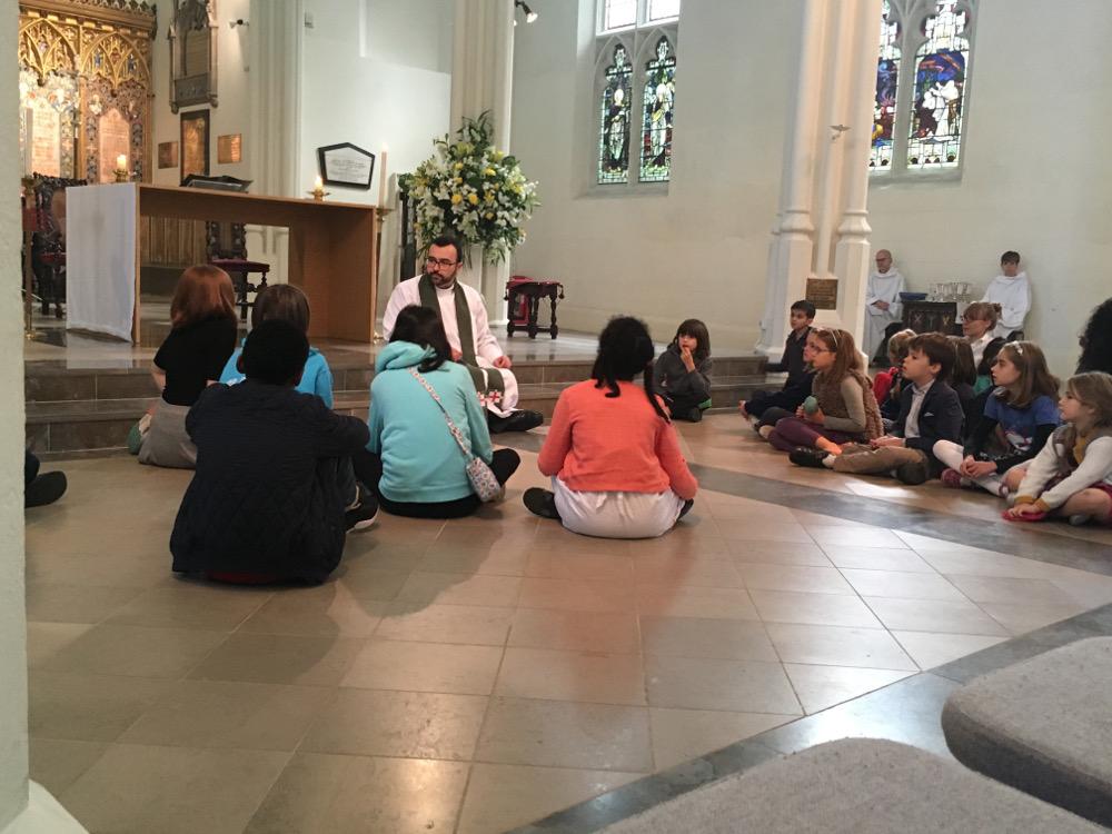 The Reverend Antonio García Fuerte talks about Sustainability with the children.