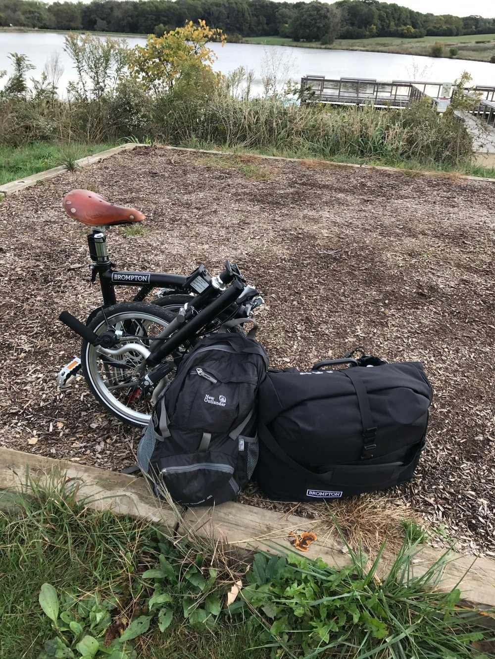 Self-contained Brompton set-up