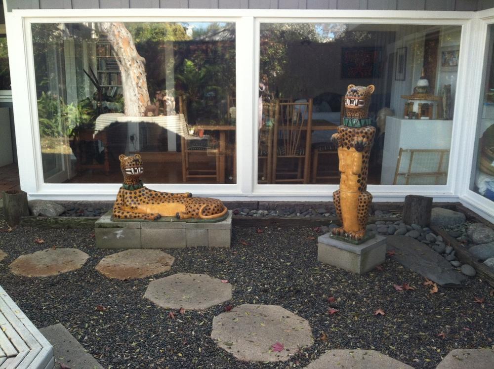 2 Jaguars