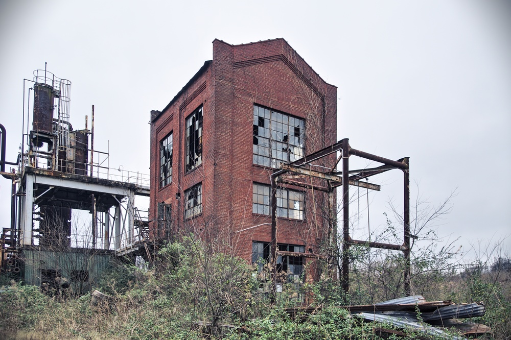 Once a benzol plant, now utilized by artists.