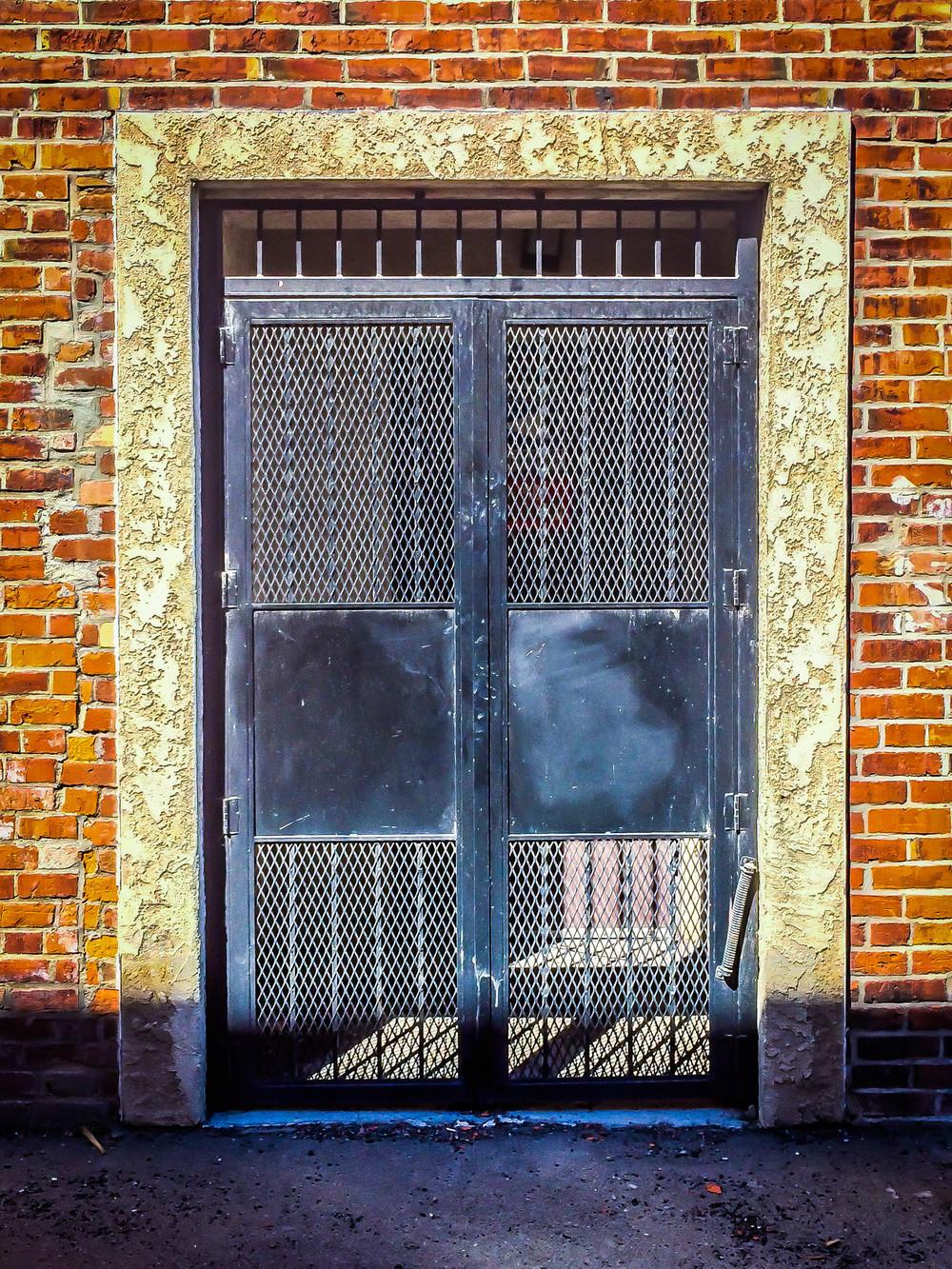 Door-Windows of Railway Alley-29.jpg