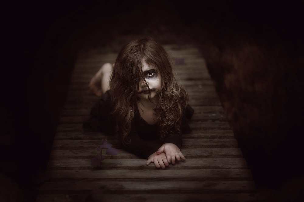 horror-photography-little-girl-zombie (1).jpg