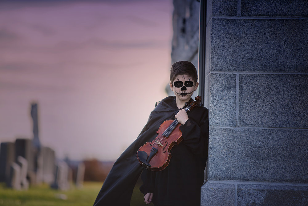 horror-photography-skeleton-graveyard-violin (6).jpg