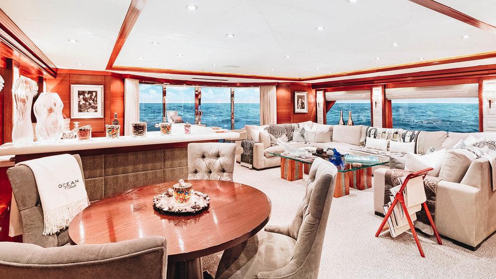 oceanclub-yacht-iyc-charter-skylounge-017.jpg