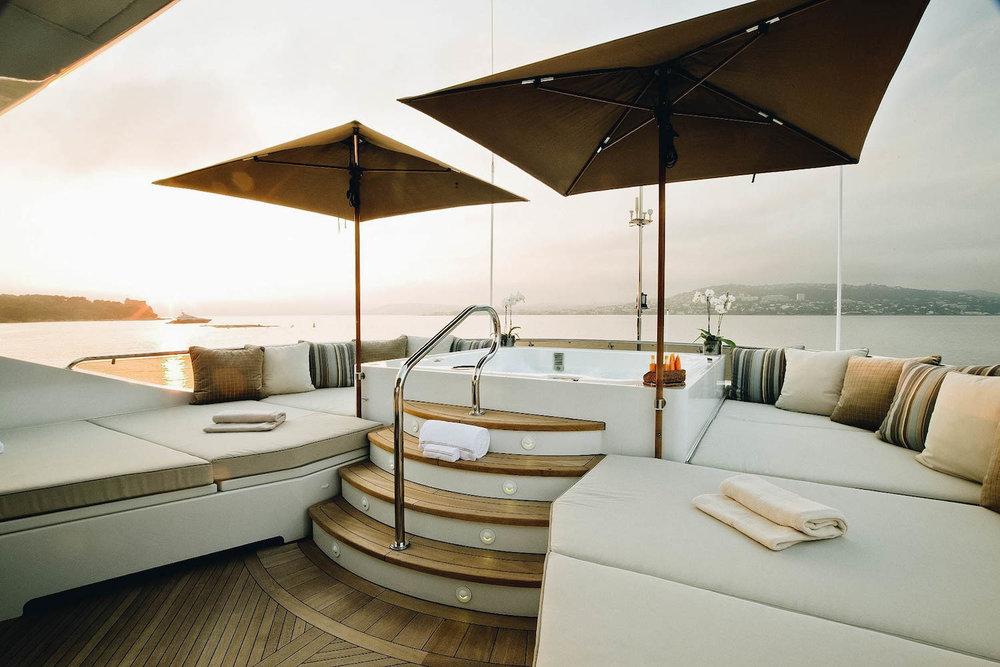[49m-Yacht-LA-DEA-II]-8677-134.jpg
