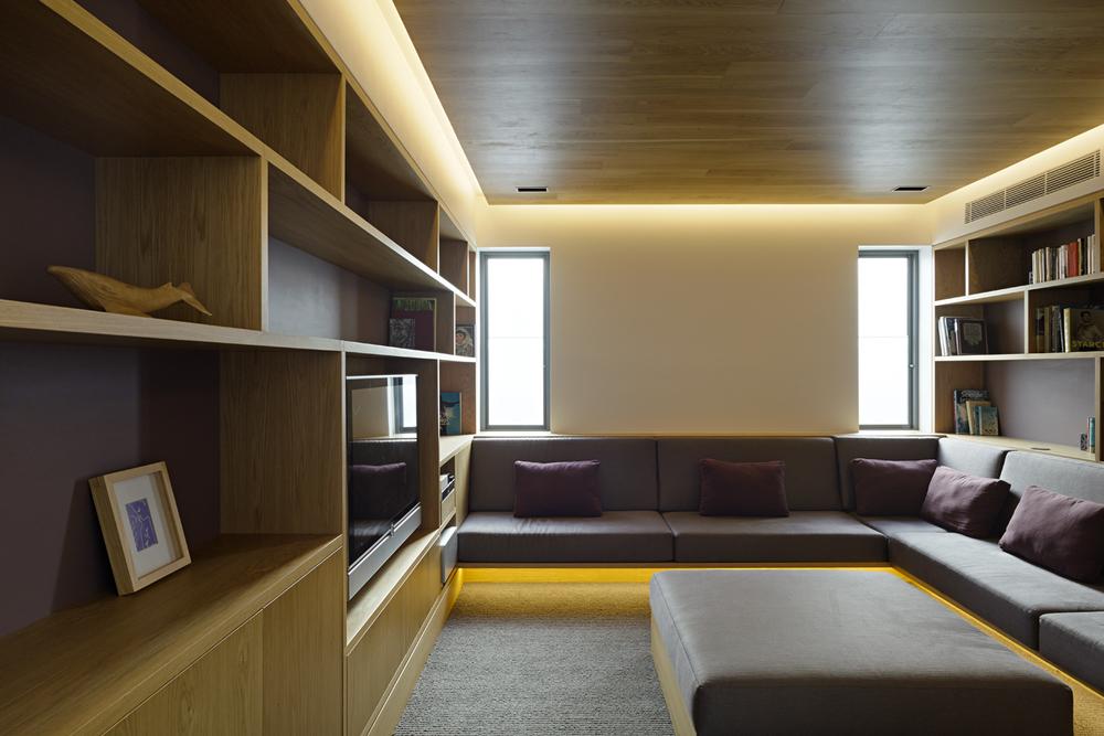 16 Library.jpg