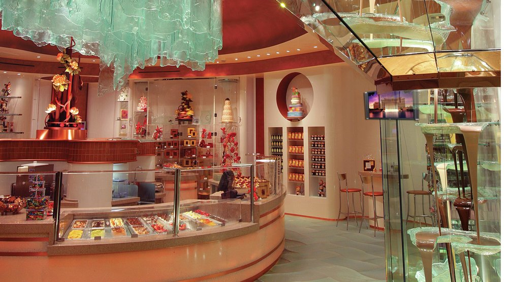 Jean Phillipe Patiisserie has two Vegas locations — the Bellagio and Aria — and claims to have the world's largest chocolate fountain