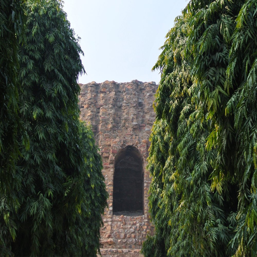 11. The enormous grooved stump of lime mortar and rubble masonry are all that remains of the unfinished Alai Minar in Delhi. The minaret was intended to rival the Qutb Minar in both size and scale, but was never completed.