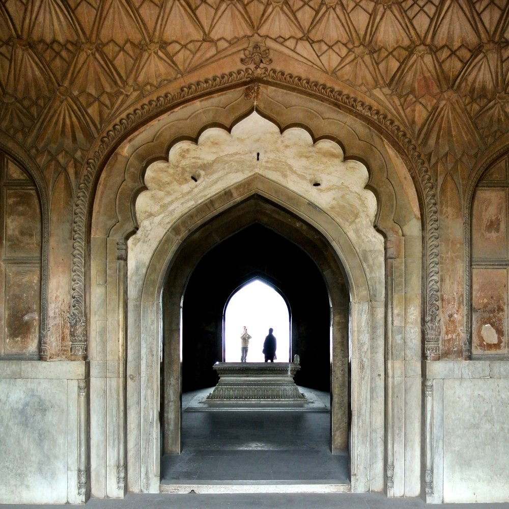 18. Set in Stone. A white marble cenotaph lies at the center of Safdarjung's tomb in Delhi.