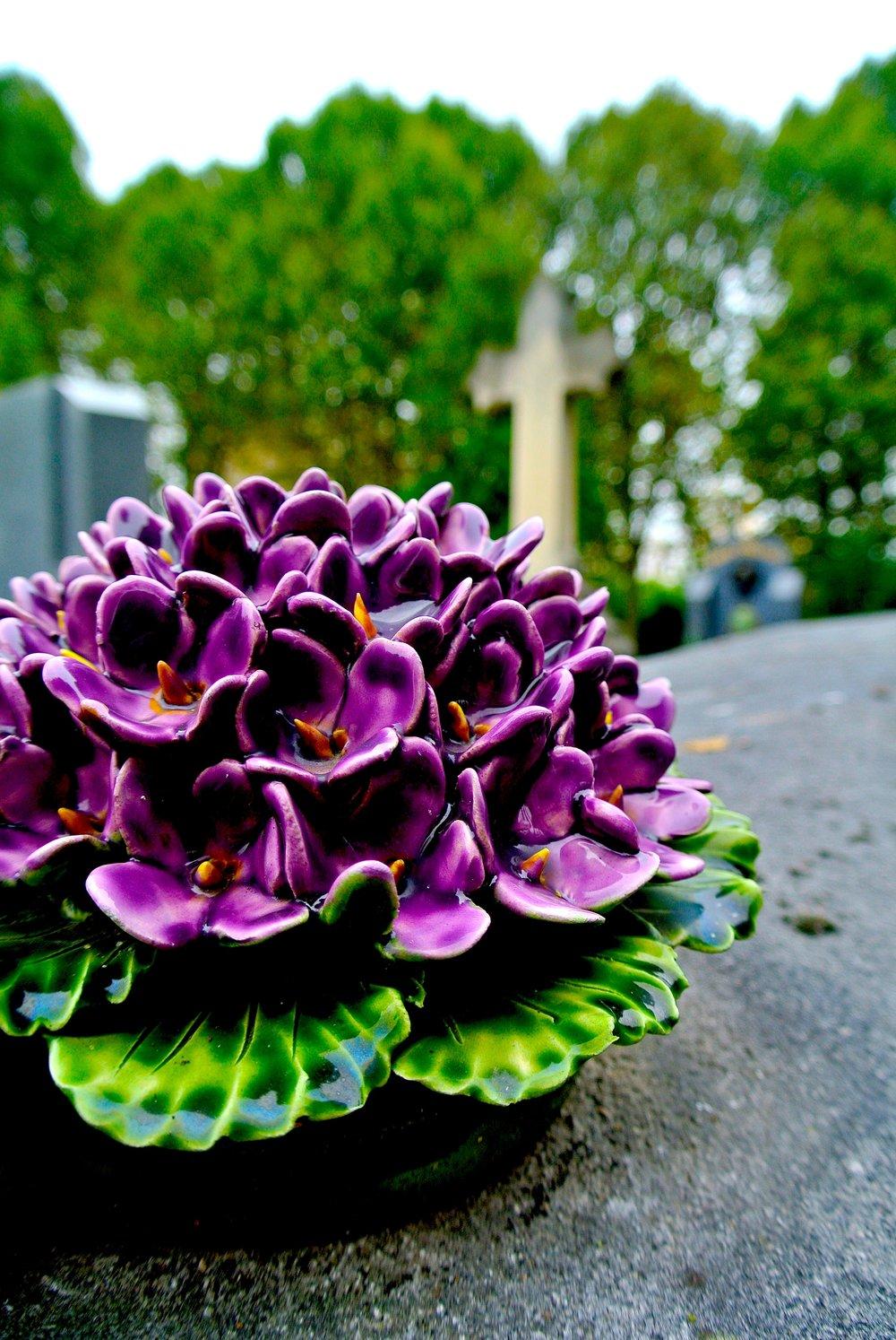 purpleflowersgrave.JPG