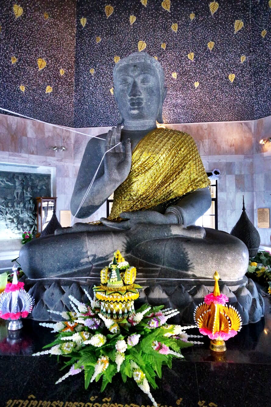 The Buddha inside the King Pagoda sits in a teaching position