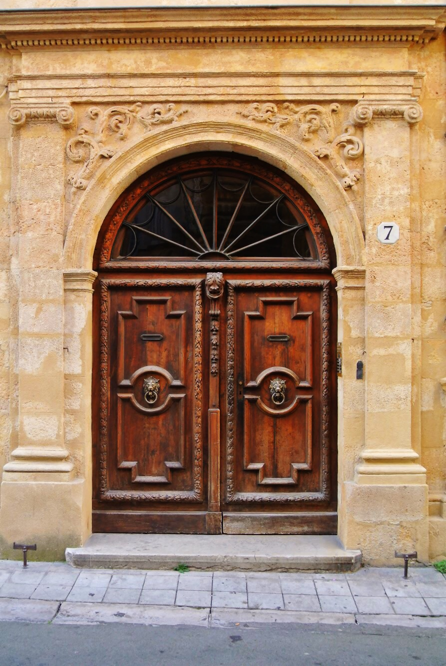 doorsofprovence1.jpg & The Doors of Provence u2014 The Not So Innocents Abroad