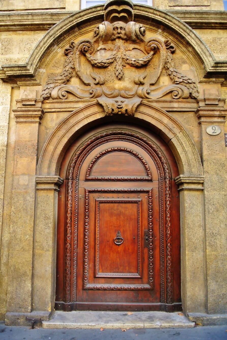 doorsofprovence4.jpg