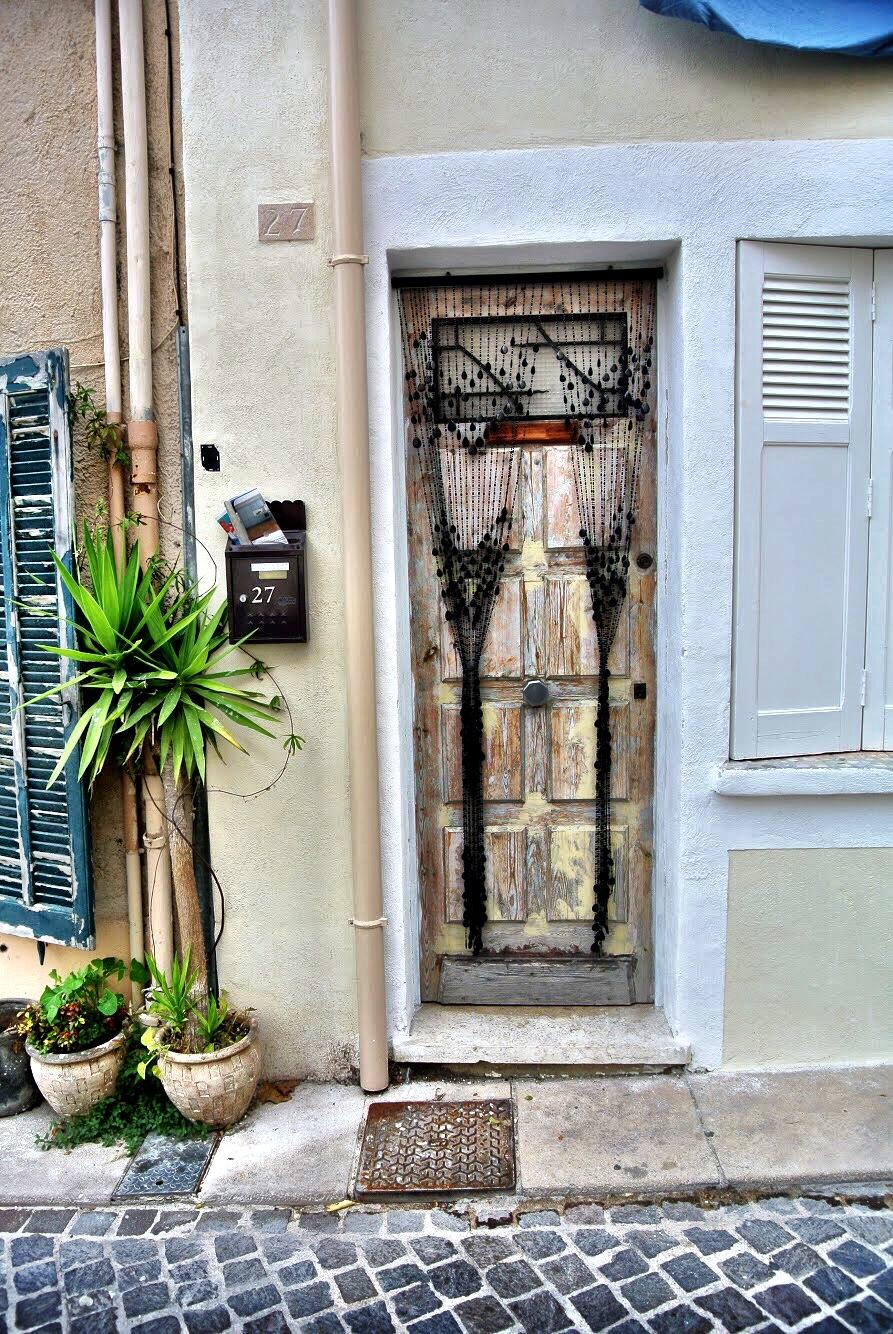 doorsofprovence6.jpg