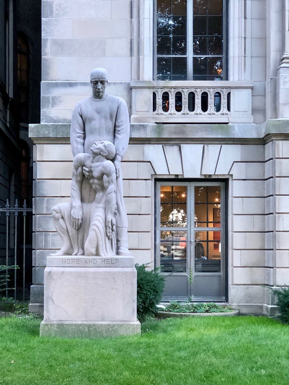 You can't miss the strange statue in front of the International Museum of Surgical Science just north of the Magnificent Mile shopping district