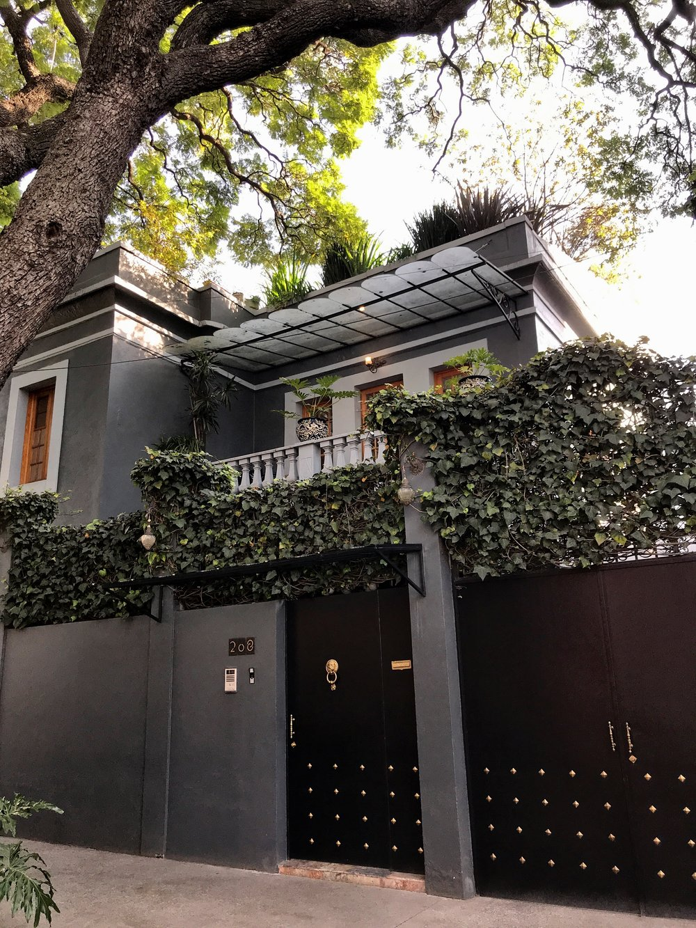 A chic and friendly option in one of the safest neighborhoods in Mexico City