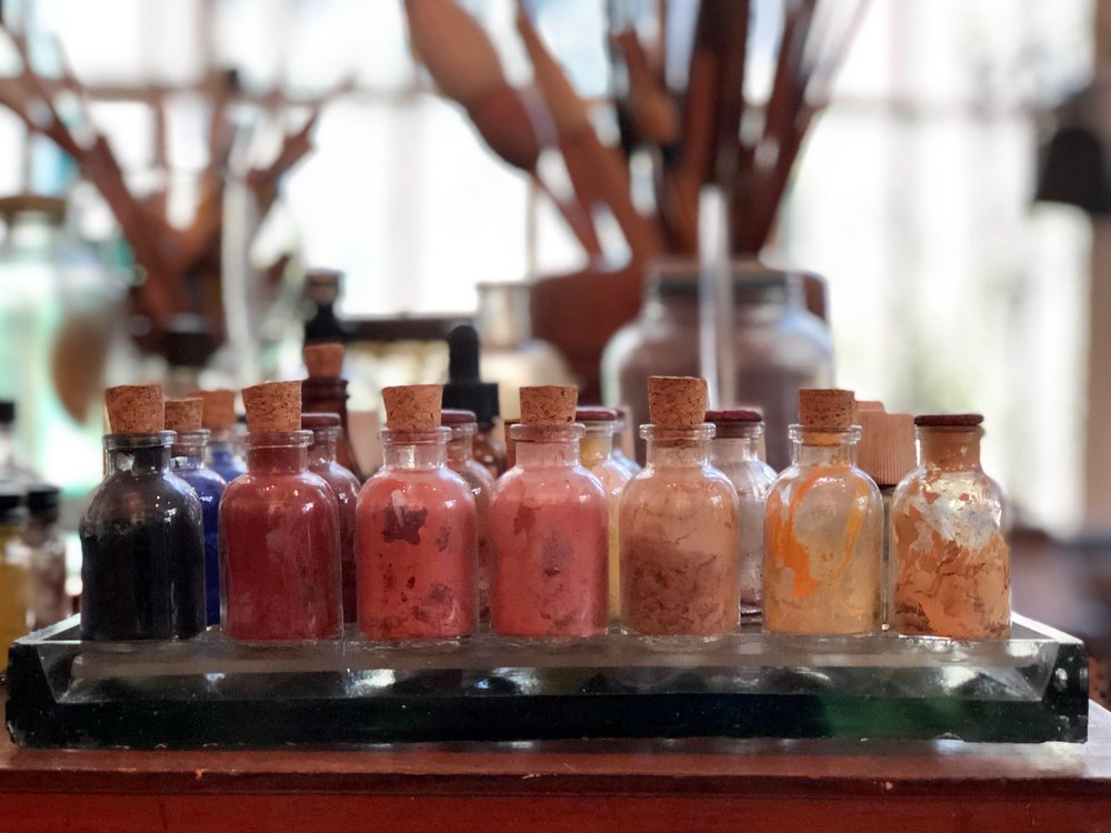 Color pigments Frida used to create her paint