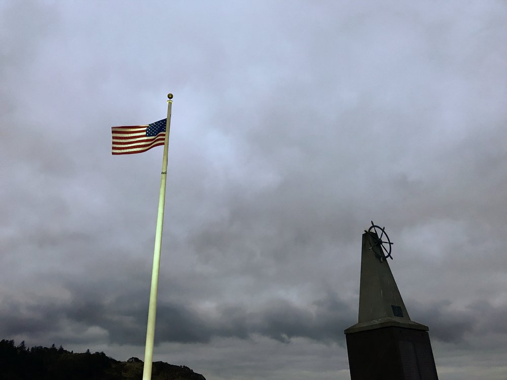 Too cloudy for sunrise at Seafarers Memorial