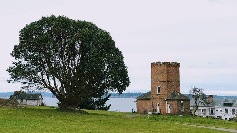 Alexander's Castle