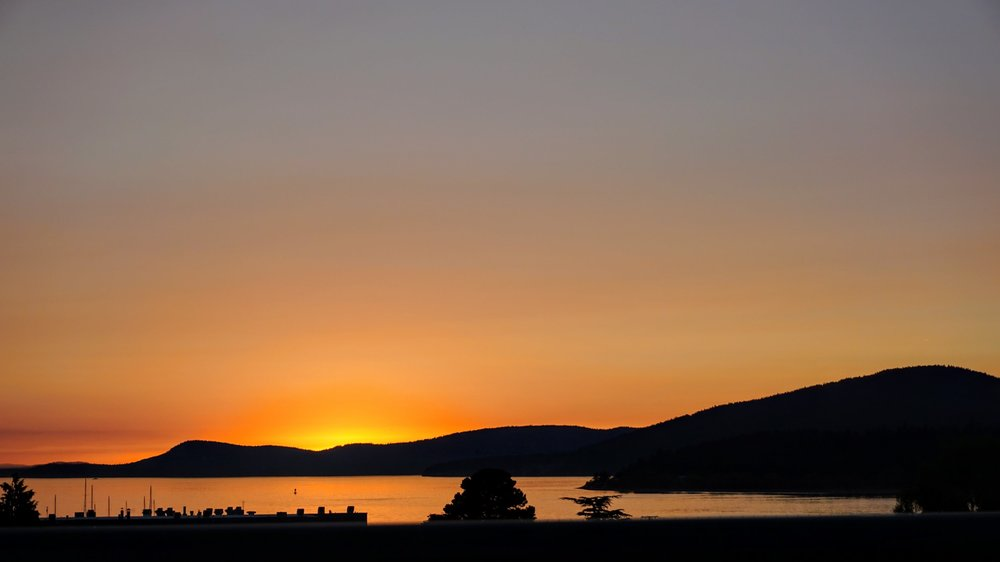 Sunset from Anacortes - Pacific North Wanderers.jpg