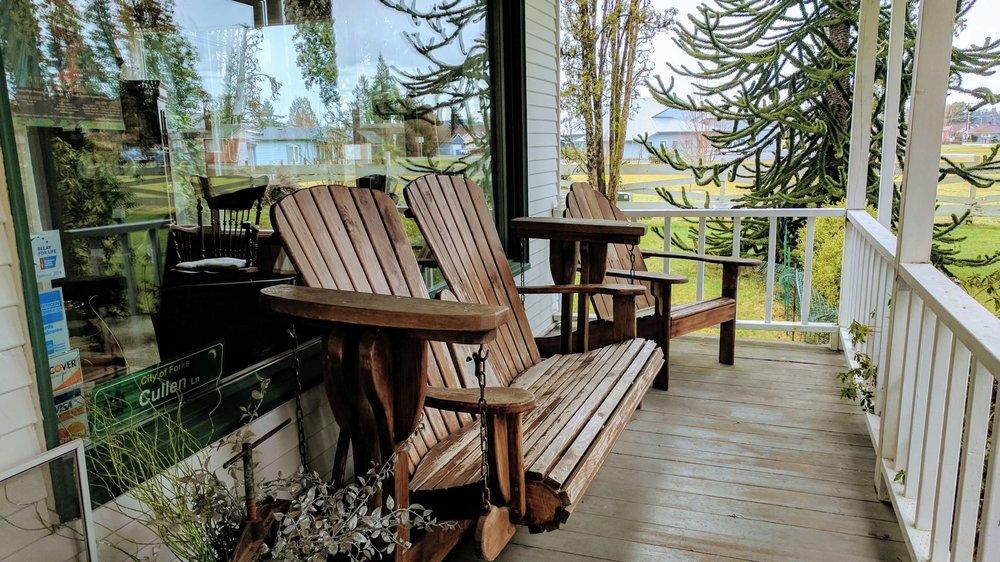 Miller Tree Inn - Pacific North Wanderers.jpg