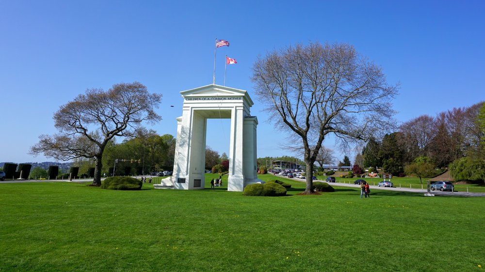 Peace Arch - Pacific North Wanderers.jpg