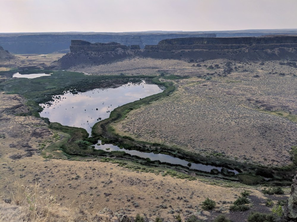 Umatilla Rock and Dry Falls Lake
