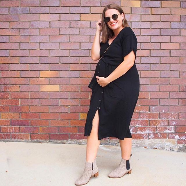 Hump day bump love with one of our fabulous #stylefeedwomen Jas at 37 weeks. It was a rainy day here in Brisbane and we are loving the cool change. Time to bring out the boots. . . . ⠀⠀⠀⠀⠀⠀⠀⠀⠀ Featured here: Jas @prettychuffed wears our Paris dress and @frankie4footwear Rach boots in leopard. 🖤🖤 . . . Tap for details. Xox ⠀⠀⠀⠀⠀⠀⠀⠀⠀ ⠀⠀⠀⠀⠀⠀⠀⠀⠀ #autumnstylefile  #teamstylefile #breastfeedingdress #blackandleopardprint #37weekbump #humpdaybumplove