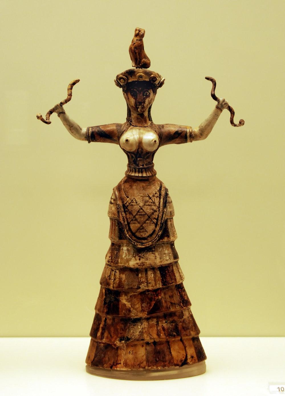 Cretian Snake Goddess. Creative CommonsAttribution 2.0 Genericlicense.