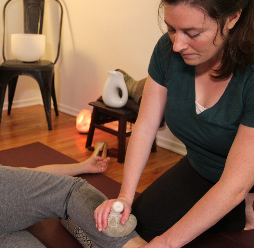 Why work with Rachel? - Rachel is committed to her clients' health and well-being.Her work helps her clients to foster a conscious and healthy relationship with their bodies.Rachel is an extremely mindful practitioner who genuinely cares.She is a highly skilled holistic healer.
