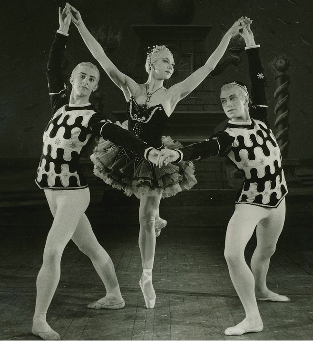 Kenneth MacMillan, Beryl Grey and John Field in Ballet Imperial 1950 ©Roger Wood