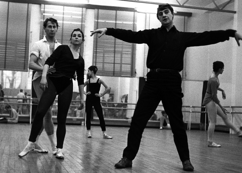 Desmond Doyle, Lynn Seymour and Kenneth MacMillan rehearsing The Invitation 1960 ©Roy Round