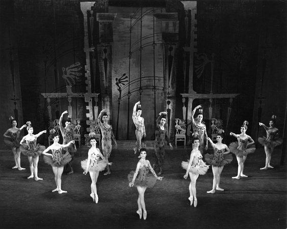 Danses Concertantes (1955). Photo: Houston Rogers. Image © Victoria & Albert Museum (www.vam.ac.uk)