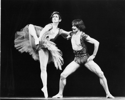 Lynn Seymour and Rudolf Nureyev in Sideshow