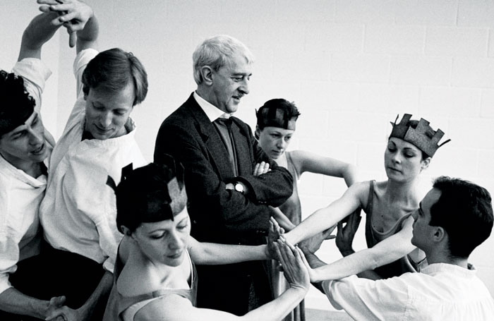 Kenneth MacMillan with the original cast of Sea of Troubles (Dance Advance) copyright Neil Libbert